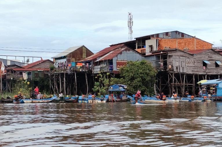 Aumenta nivel del agua en región de Camboya por intensas lluvias