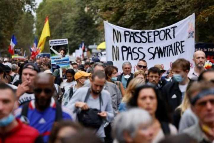 Realizan nueva movilización contra el pasaporte sanitario en Francia