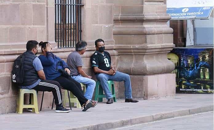Paran labores trabajadores de Gobierno en San Luis Potosí, por día de la Raza