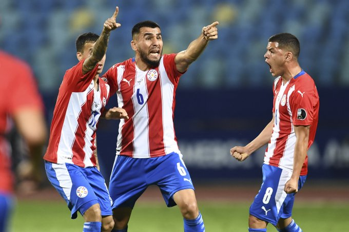 En futbol, Paraguay le gana a Bolivia con doblete de Ángel Romero