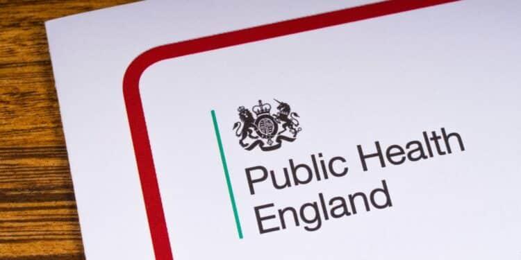30 mil personas murieron entre los 21 días de recibir una vacuna covid en el Reino Unido
