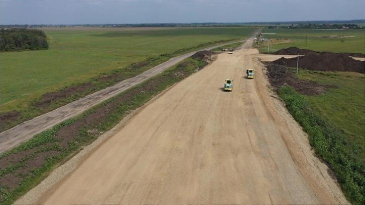 Se está construyendo una carretera en Adigueya sin pasar por la capital