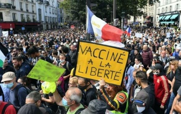 En Francia siguen las protestas contra el pase sanitario y la vacunación obligatoria