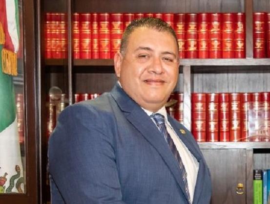 Presentan alegatos en juicio de amparo contra nombramiento de Magistrado del STJE
